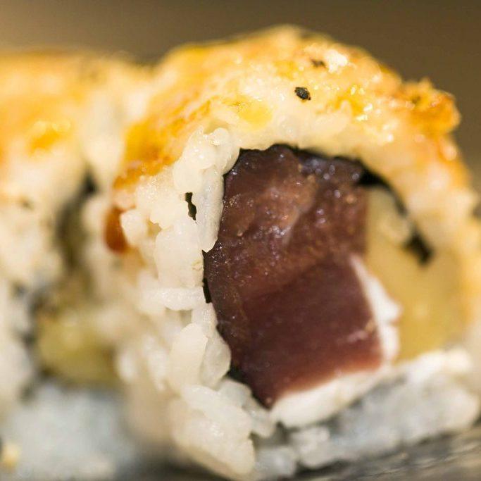 Uramaki de atún
